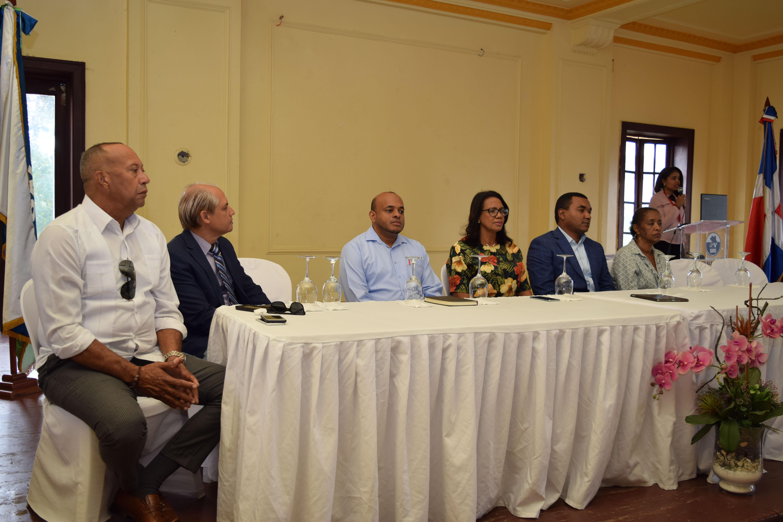SRS Valdesia implementará estrategias para mejorar calidad de atención a embarazadas, puerperas y recién nacidos
