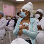 Hospital Juan Pablo Pina implementa Programa Mamá Canguro